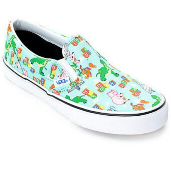 a291145349 Nwt toy story vans